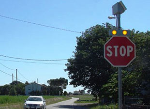 TRAFFIC SIGNS WITH LED BOX